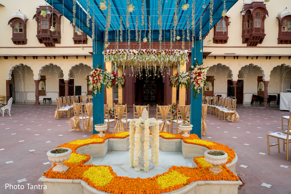 Dreamy decor details for the Indian wedding