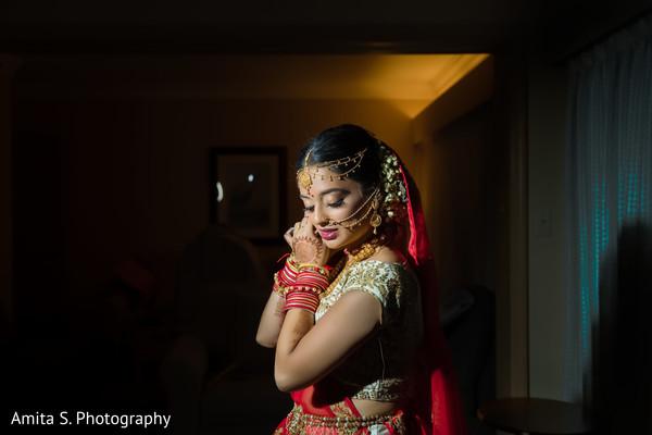 Stunning maharani minutes before the ceremony