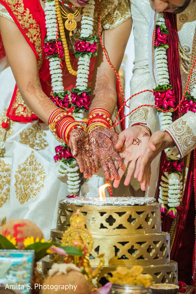 indian wedding,maharani,raja,sacred fire