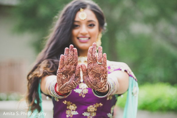 indian wedding,maharani,mehndi,sari