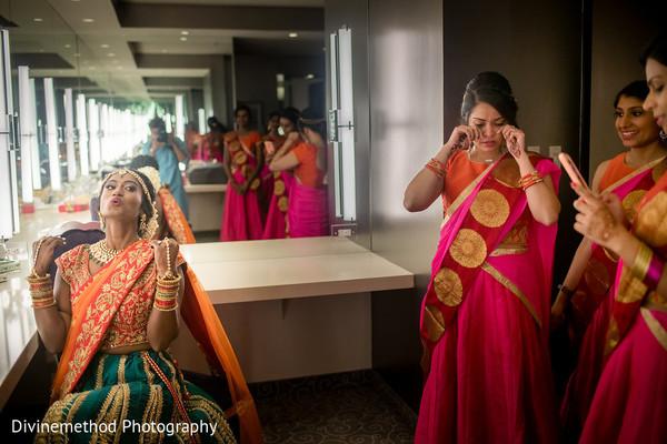 Fun moment between bridesmaids and maharani
