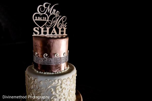 indian wedding,decor,details,cake