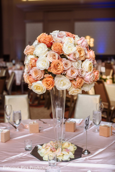 indian wedding reception table,indian wedding table decor,flowers