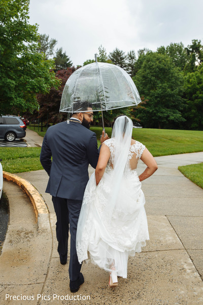 Newly Indian wedding couple on their way out.