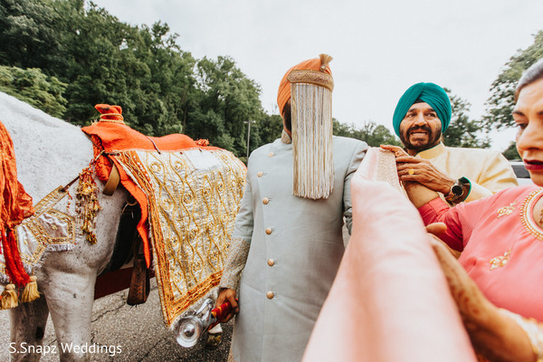 Capture of the Raja and family during the baraat