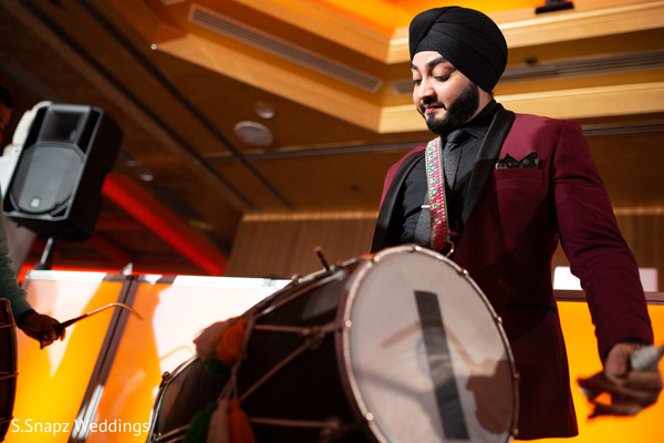 Capture of the dhol player at the reception
