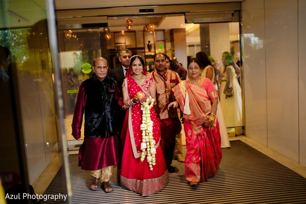 indian bride,indian wedding ceremony,indian wedding rituals