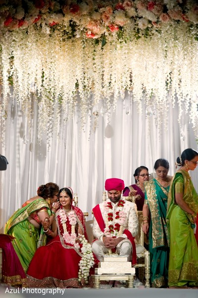 indian wedding ceremony,indian bride and groom,indian wedding rituals