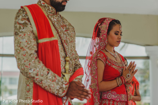 See this romantic Indian bride and groom capture.