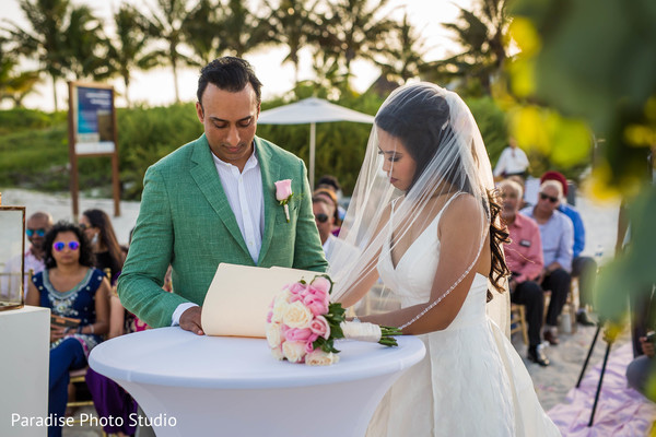 indian bride and groom,indian legal wedding