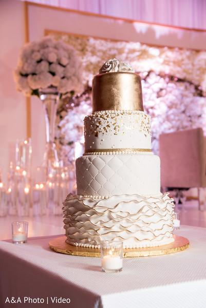 Mesmerizing indian wedding cake