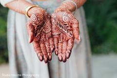Maharanis wonderful mehndi art.