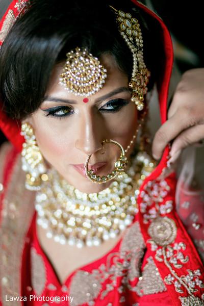 indian bride,indian bridal ceremony fashion,bridal jewelry