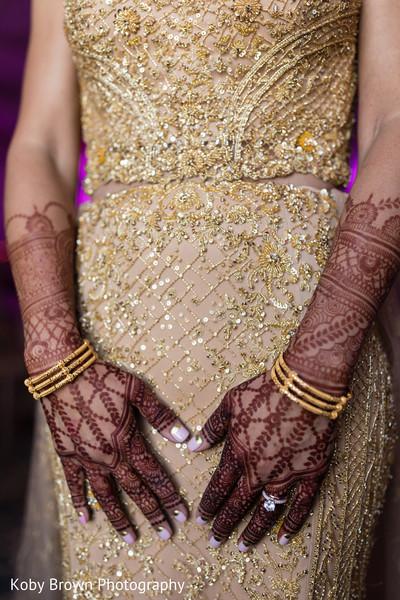 indian groom,indian bride,indian wedding reception,indian wedding dance
