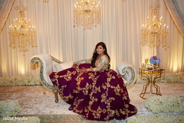 indian wedding reception fashion,indian bride,indian wedding reception stage