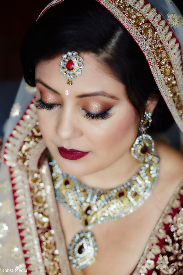 Flawless Indian bridal makeup.