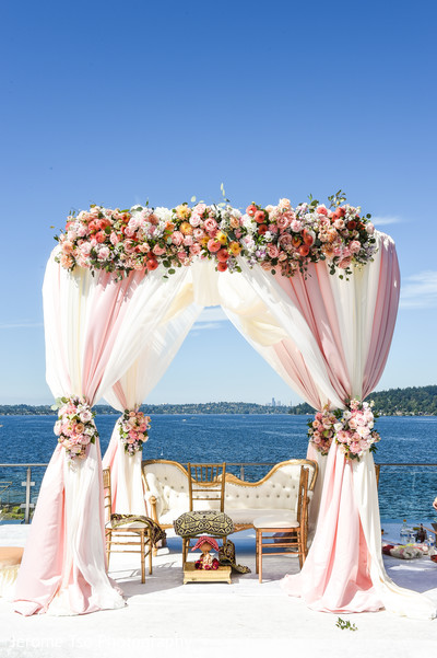 Heavenly Indian wedding Mandap  decorations.