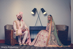 Take a look at this traditional Indian wedding fashion.