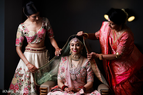 Indian bride getting her gongha on.