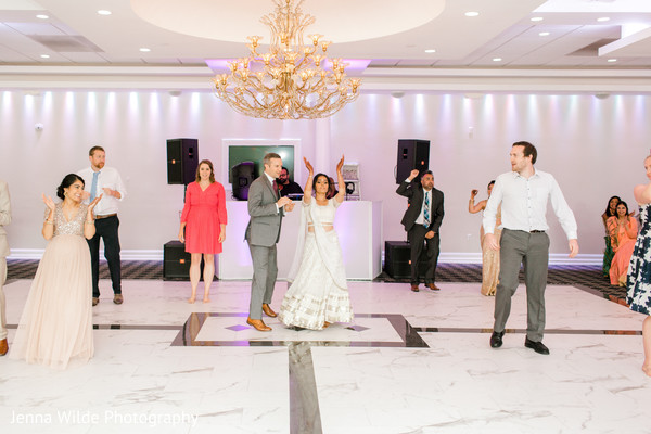 indian wedding reception,dance,indian bride,indian groom