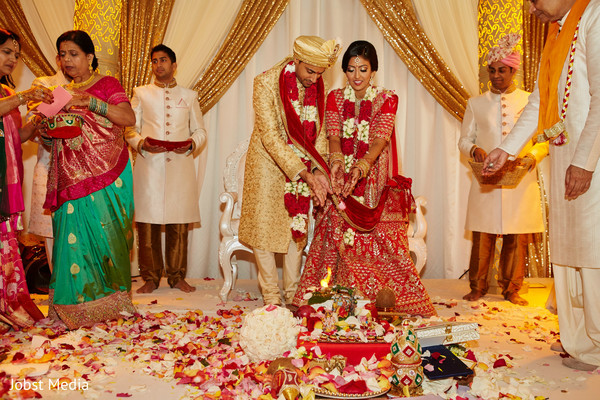 indian wedding ceremony,bridal fashion