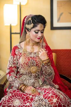 Dazzling indian bride in her bridal attire