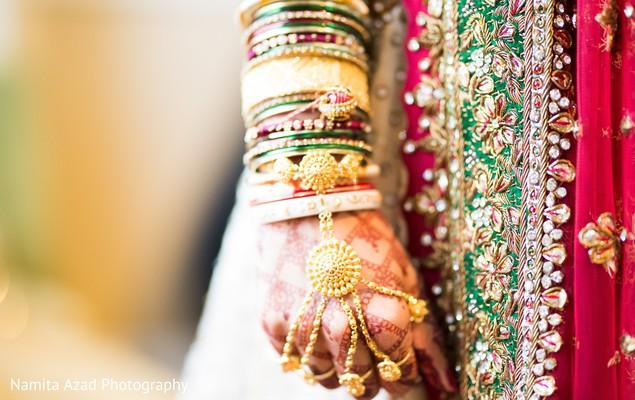 See this beautiful mehndi design on the maharani