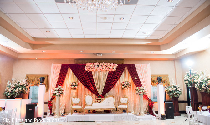 Inspiring indian wedding reception stage