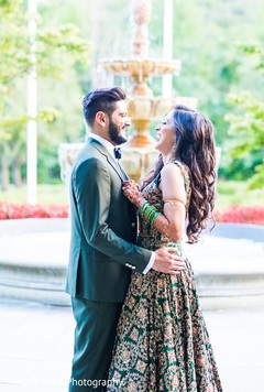 Insanely beautiful Indian bride and groom's photo session.