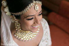 Detail of beautiful maharani wearing the tikka