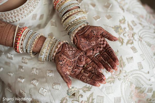 Beautiful mehndi design details