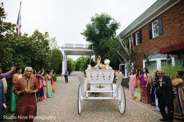 indian bride,indian wedding ceremony,indian groom,indian wedding carriage
