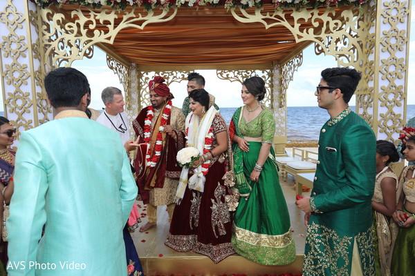 indian bride,indian groom,indian wedding ceremony,indian wedding rituals