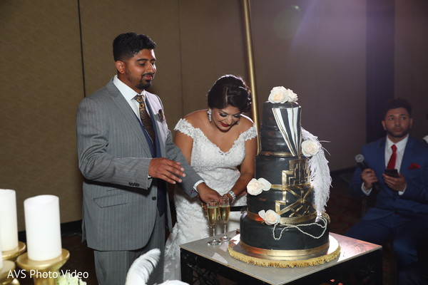 indian bride,indian groom,indian wedding reception fashion,cake
