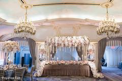Astonishing Indian couple's wedding reception table decor