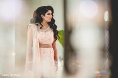 Nervous maharani prepares for her big day