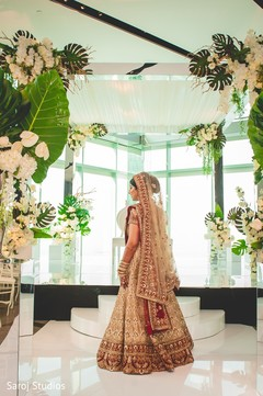 Maharani under the beautiful mandap