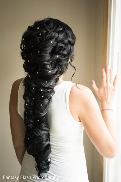 Indian bride ceremony hairstyle closeup capture.
