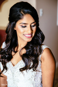 Gorgeous Indian bride ready for ceremony.