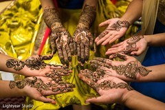 Mehndi designs on the Indian wedding guests