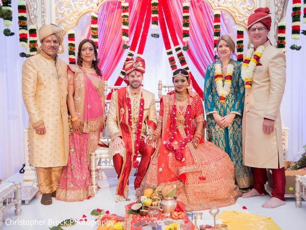 Dreamy Indian lovebirds with parents photo shoot.