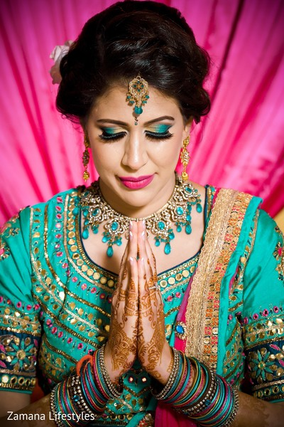 Magnificent Indian bridal sangeet fashion.