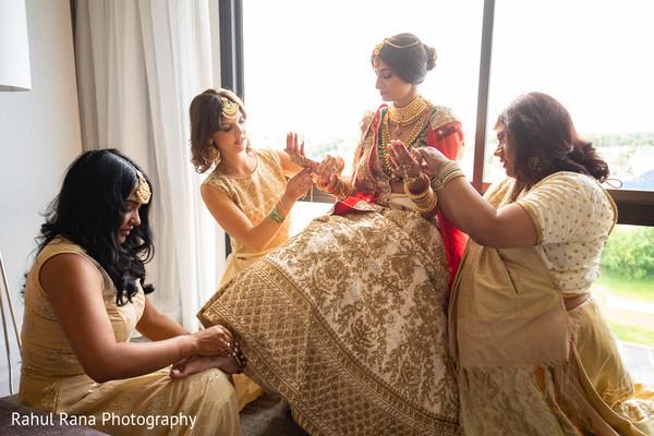 indian wedding,maharani,getting ready,venue
