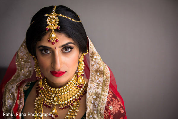 indian bride,maharani,getting ready,makeup