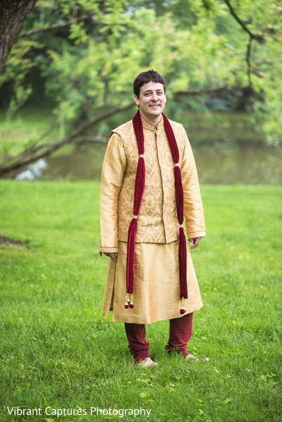 Enchanting Indian groom ready for wedding ceremony.