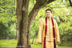 Elegant indian groom's ceremony capture.