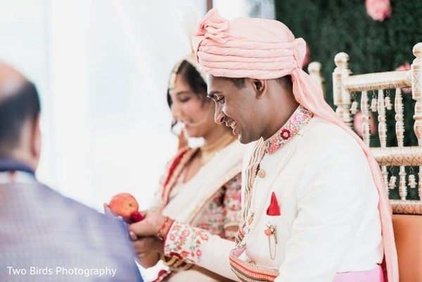 See this lovely Indian wedding ceremony
