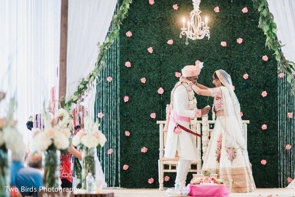 indian wedding,decor,venue,lengha