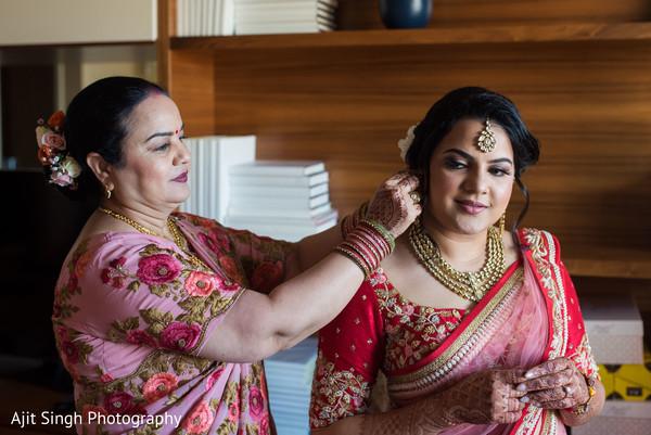 maharani,indian bridal makeup,bridal jewelry,indian bridal ceremony fashion