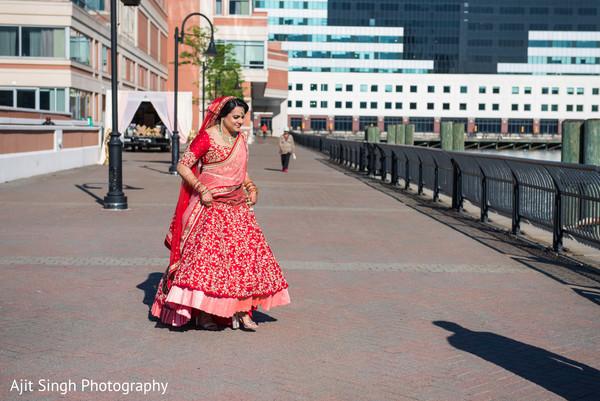 indian bride,indian bridal wedding ceremony fashion